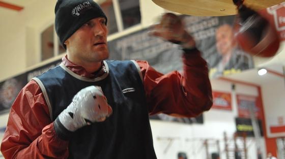 http://www.static.bokser.org/pictures/bokserzy/polska/Wach-Mariusz/duze/mariusz-wach-duze-004.jpg